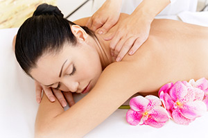 Neck Back Shoulder Massage Southfield MI
