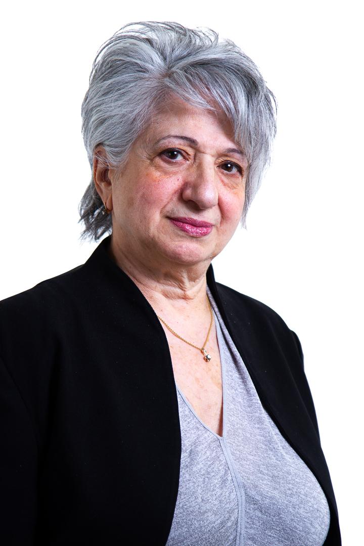 Nina Izrailov